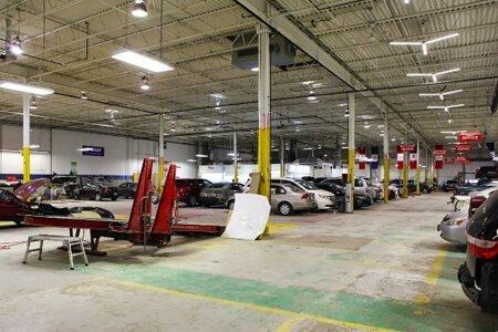 Brampton Automall Collision Centre
